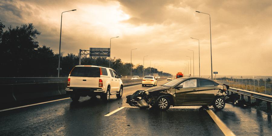 rv crash against car